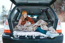 5 tips voor reizen met brillen en contactlenzen