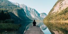 8 manieren om te reizen zonder een voet naar buiten te zetten